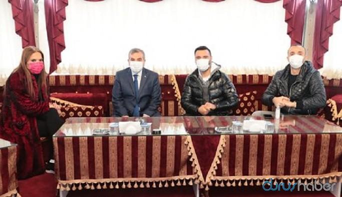 Urfa'da Alişan ve Demet Akalın için restoran yasağı delindi