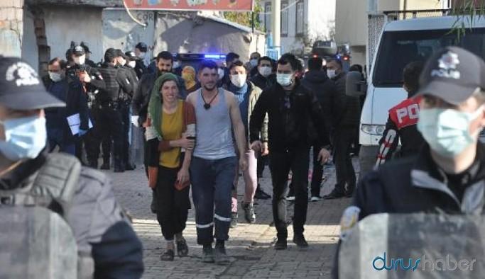 Diyarbakır'da kısıtlamada taşlı, sopalı, bıçaklı kavga: 20 yaralı