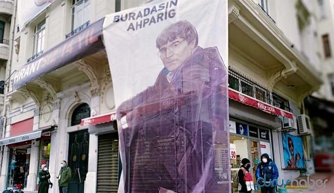 Hrant Dink, vurulduğu yerde anıldı: Burası acılarda kardeş olmayı öğrendiğimiz yer