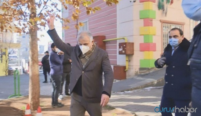 Katırcıoğlu: Zafer işareti annelere değil, acılarını kullanan iktidara karşı