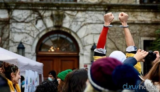 Boğaziçi Üniversitesi'nde dün gözaltına alınıp serbest bırakılan 10 öğrenci tekrar gözaltına alındı