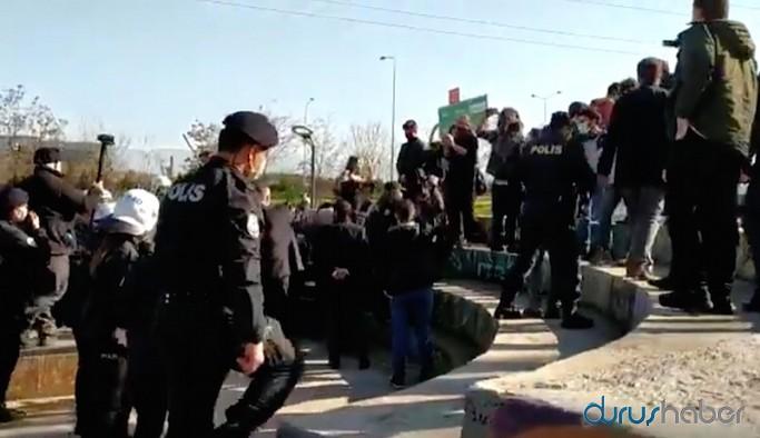 Bursa'da Boğaziçi'ne destek eylemine polis müdahalesi: Çok sayıda gözaltı var