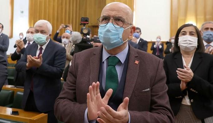 Enis Berberoğlu, 8 ay sonra yeniden Meclis'te: Ne yapacaklar, sehpa kurup asacaklar mı beni?