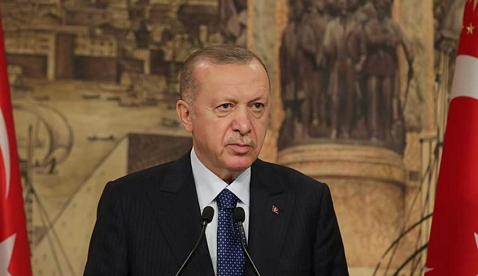 Erdoğan: Çarşamba günü millete sesleneceğim, beni izlemenizi tavsiye ederim