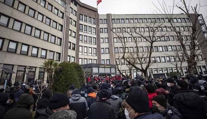 Kadıköy Belediyesi ile DİSK Genel-İş toplu iş sözleşmesinde anlaştı, grev sona erdi