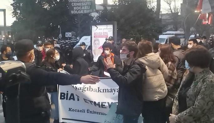 Kocaeli'de Boğaziçi'ne destek eylemine polis müdahalesi: 17 gözaltı