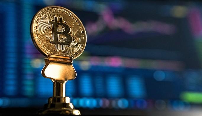 Kripto parada dalgalanma sürüyor: Bitcoin'in piyasa değeri 1 trilyon dolara ulaştı
