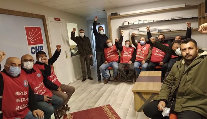 Metal işçileri 5 gündür CHP binasında açlık grevinde