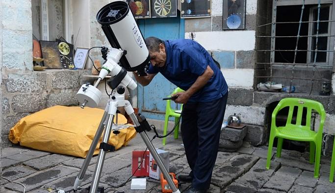 NASA'dan teşekkür mektubu alan 'Diyarbakır'ın astronomu' hayatını kaybetti