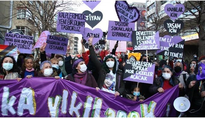 Ankara'da Feminist Gece Yürüyüşü: Patriyarkaya karşı isyandayız