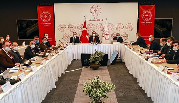 Bakan Koca: İstanbul'da polikliniklerde hasta sayısı artıyor