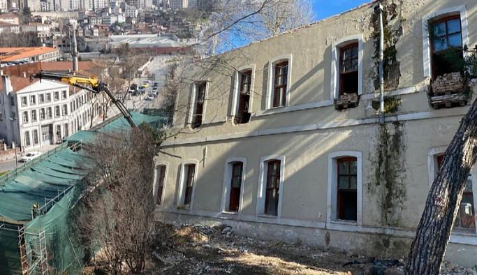 İBB, yıkımına onay verilen Divanhane Eski Karakolu için yargı sürecini başlatıyor