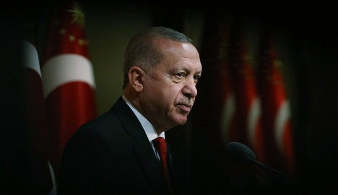 Siyaset gündemine bomba gibi düşecek şüphe: Erdoğan'ın açıkladığı eylem planı kopya mı?