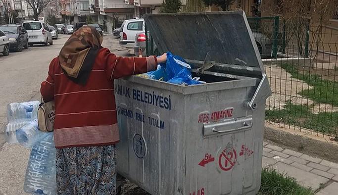 68 yaşındaki yurttaş: Çöpten plastik toplamasam bir gün gecekonduda ölümü bulurlar