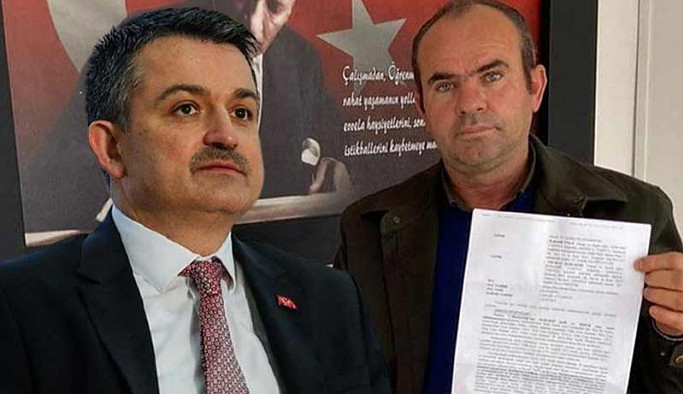 AKP'den CHP'ye geçtikten sonra bakanı eleştiren Demir'e hapis ve para cezası