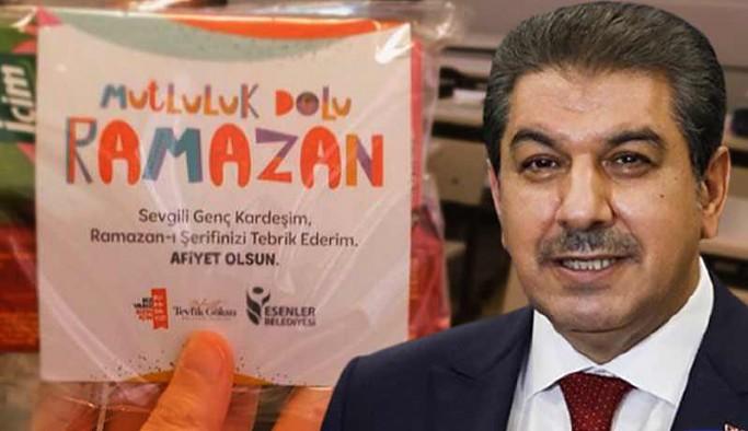 AKP'li Göksu, Bilim Kurulu tarafından yasaklanan kumanyaları çocuklara dağıttı