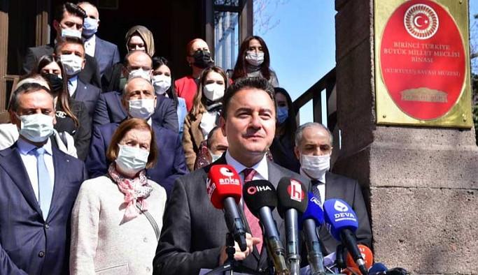 Babacan: Çocuklarımıza özgürlükçü, adil, laik ve demokratik bir Türkiye'yi miras bırakmak istiyoruz