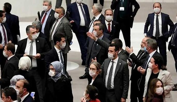 Belediyelerdeki insan kaçakçılığının araştırılması, AKP ve MHP oylarıyla reddedildi