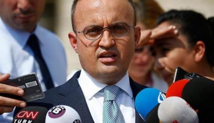 'Erkan Oğur'a da isyan ediyorum'
