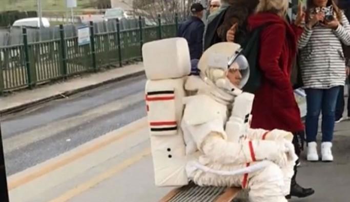 Fatih Belediyesi'nden 'Astronot oluyoruz' etkinliği