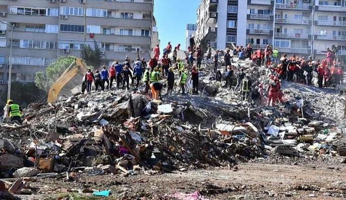 İzmir depremi ile ilgili 22 kişi hakkında gözaltı kararı