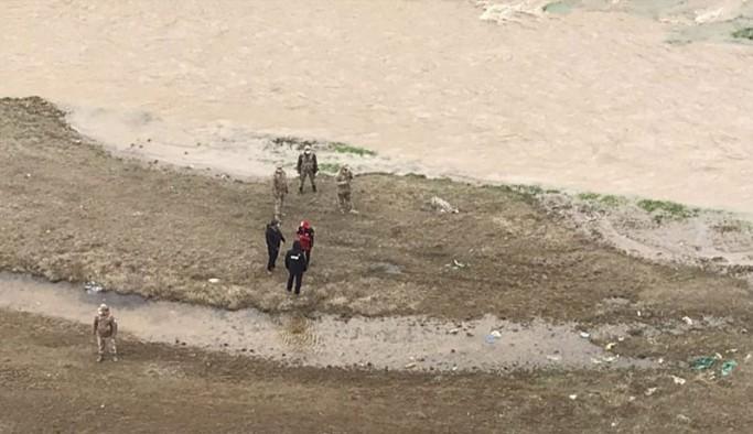 Murat Nehri'ne düşen 6 yaşındaki çocuğun cansız bedenine ulaşıldı