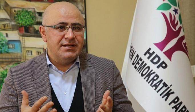 Özsoy: Kürt meselesinde siyaseten iki kelime edemeyenler, dağı taşı bombalayarak süreç yürütmeye çalışıyorlar