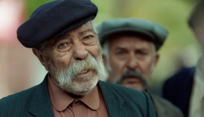 Sanatçı Erol Demiröz hayatını kaybetti
