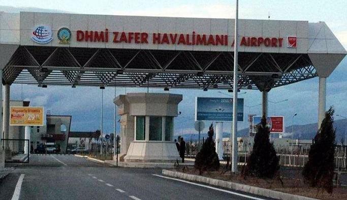 1 milyon 317 bin kişilik yolcu garantisi verilen havalimanına 61 kişi geldi