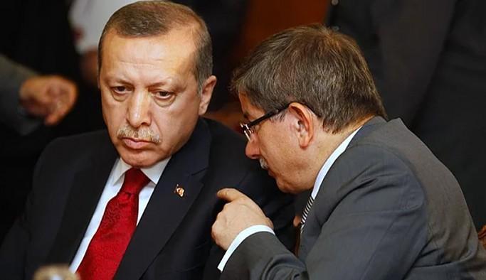 Ahmet Davutoğlu: Bir ihanet söz konusuysa, bu Cumhurbaşkanı'nın bizim değerlerimize ihanetidir