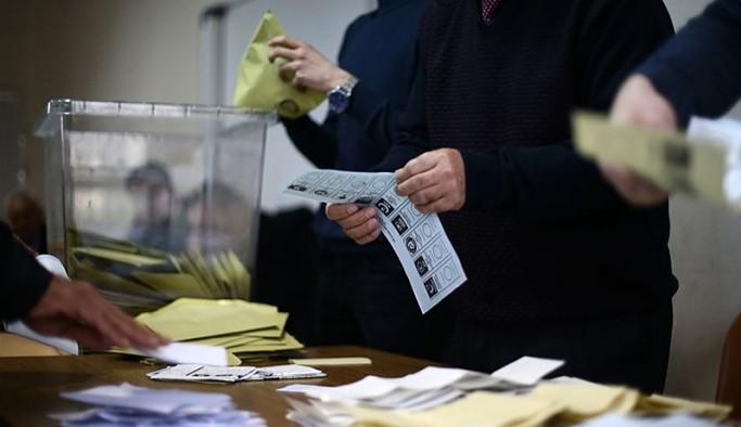 AKP'nin hazırladığı seçim yasası ile ilgili çalışma Erdoğan'a sunuldu