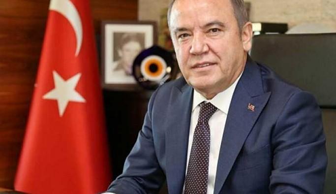 Antalya Büyükşehir Belediye Başkanı Böcek'ten alkol yasağına karşı 'turizm kentiyiz' şerhi