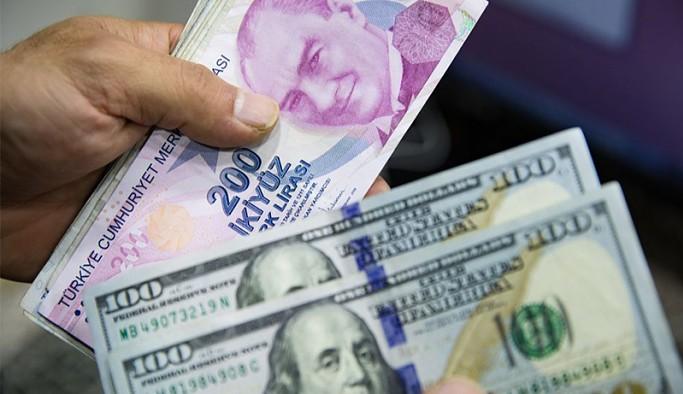 Dolar 8.30'un hemen altında: Hazine ihaleleri ve perşembe günkü TCMB faiz kararı izleniyor