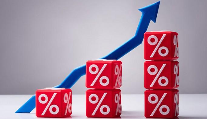 Dolar haftaya 8.30 seviyesinin üzerinde başladı: Nisan ayı enflasyon verisi izleniyor