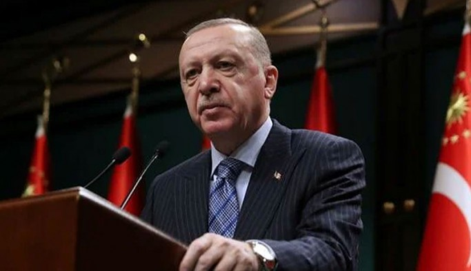Erdoğan isim vermeden konuştu: Kimin suç çeteleriyle yürüdüğünü milletimiz görüyor