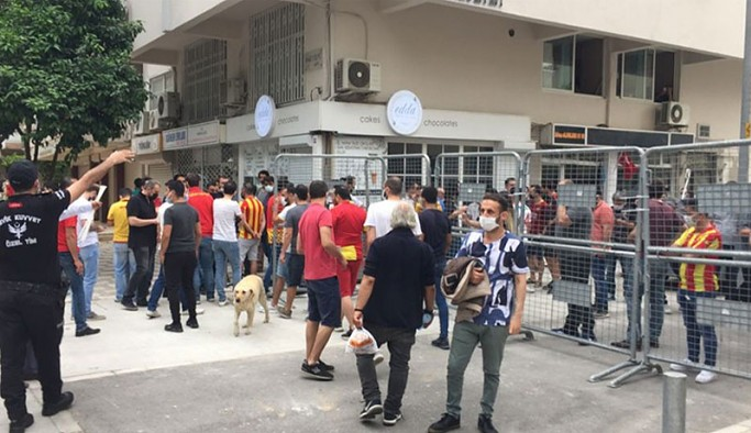 Göztepe yönetimi, maça gitmeyebilir: 'Beşiktaşlıları stada sokan TFF, Göztepelileri sokmuyor'