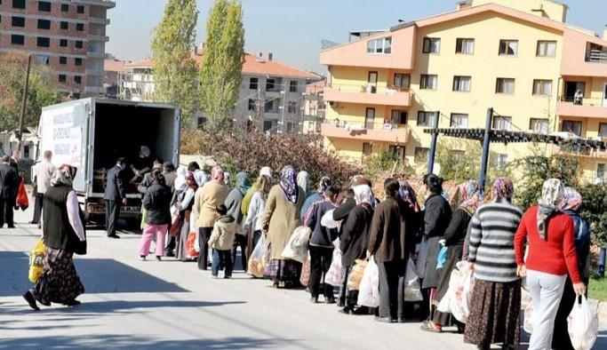 İBB'nin yoksullukla ilgili çalışma modelini diğer belediyelere yayma kararı