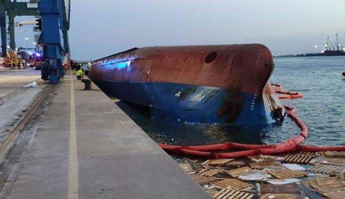 İspanya'da aralarında Türkiye vatandaşlarının da bulunduğu gemi alabora oldu: 1 kişi kayıp