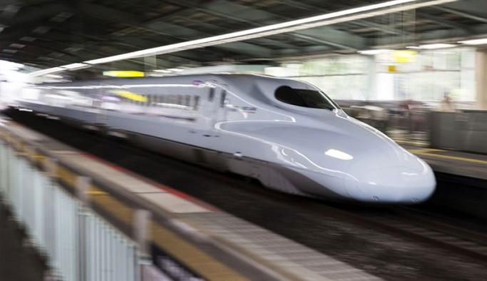 Japonya'da 1 dakika rötar yapan trenin makinistine soruşturma