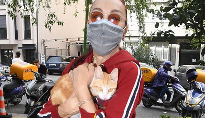 Leman Sam: Sayamacağım kadar kediye yaşam alanı sağladım, bir o kadarını da kısırlaştırdım