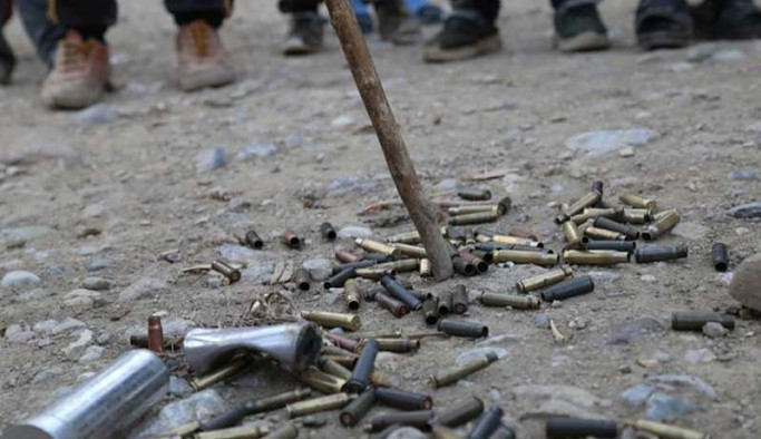 Mermer ocağı istemediği için üzerlerine kurşun sıkılan köylüler: Jandarma göçe zorluyor