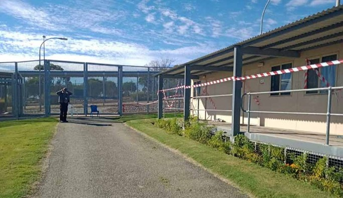 Mülteci gözaltı merkezinin altında 20 metrelik kaçış tüneli bulundu