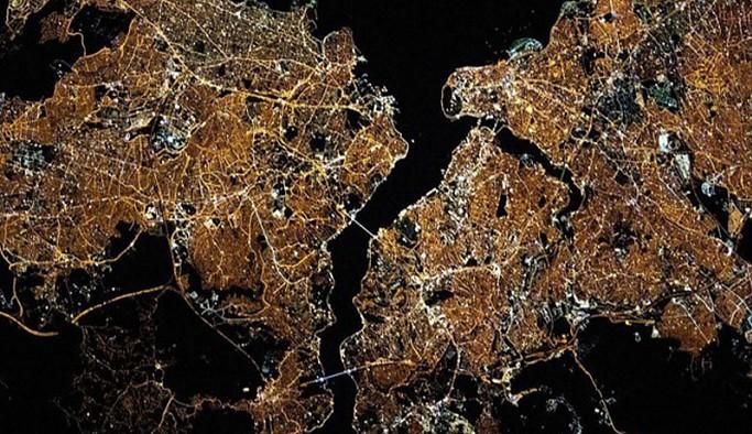 NASA İstanbul'u paylaştı: Hey İstanbul, parlıyorsun!