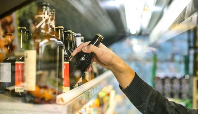 Yeni yasa taslağı: Alkollü içki satılan yerlerin açılması için kolluktan izin gerekecek