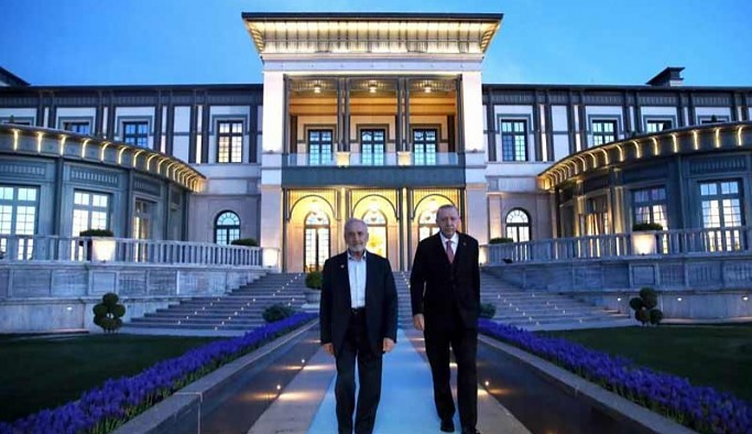 Asiltürk, Cumhur İttifakı'na katılmak için Karamollaoğlu'na karşı 'kongre harekâtı' başlattı