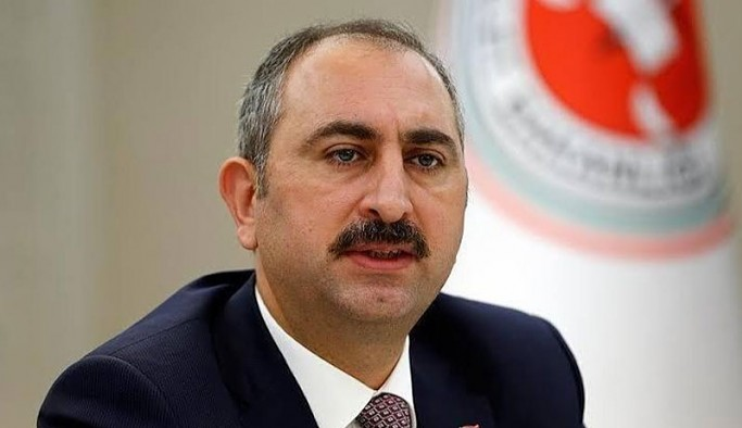 Bakan Gül, İstanbul Sözleşmesi ve Ezgi Mola ile ilgili soruları yanıtlamadı