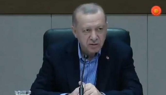 Erdoğan'dan gazeteciye: Maskeni çıkar