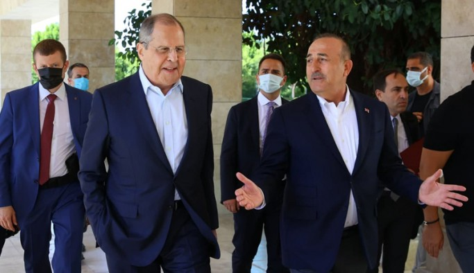 Lavrov ve Çavuşoğlu Antalya'da görüştü