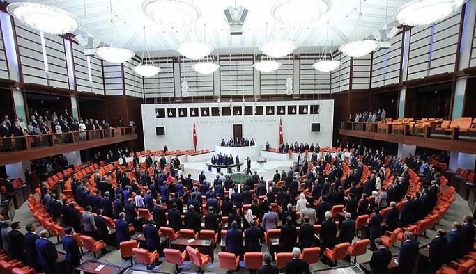 Meclis'te mini infaz paketi mesaisi: Muhalefet yargı bağımsızlığı şerhi düşmüştü