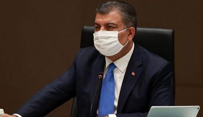 Sağlık Bakanı Koca: Maskelerin yüzümüzü terlettiği son yaz olacak